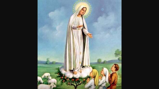 Oggi la Chiesa festeggia la Beata Vergine Maria di Fatima