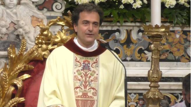 """Piano di Sorrento, Don Pasquale Irolla: """"Non lasciamo Gesù, anche a costo di farci male"""""""