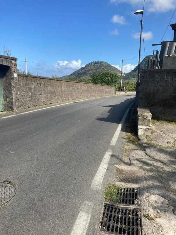 Piano di Sorrento, dopo la nostra segnalazione effettuata la pulizia della Meta-Amalfi