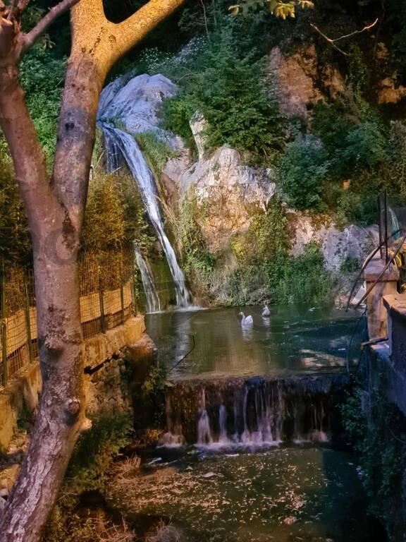 Positano, la magia dell'Oasi Cascata nel cuore della città