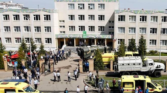 Russia, sparatoria in una scuola: 11 morti e 32 feriti