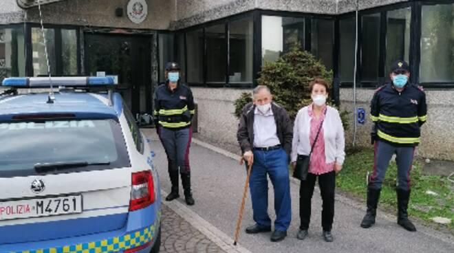 Salerno: smarrisce portafoglio, anziano lo ritrova grazie alla polizia stradale
