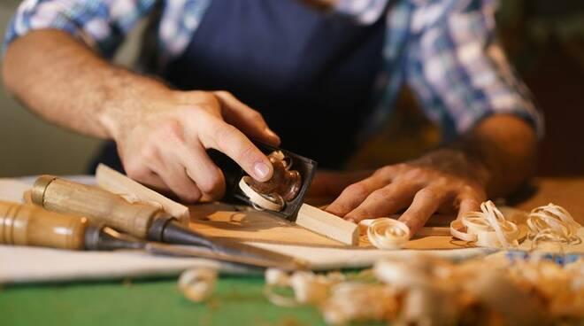 Slitta al 20 agosto 2021 il pagamento dei contributi per artigiani e commercianti