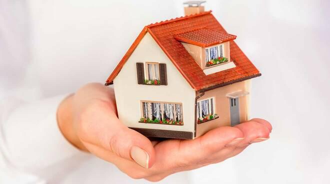 Sorrento, 10 anni di ritardi e inefficienze per il problema casa