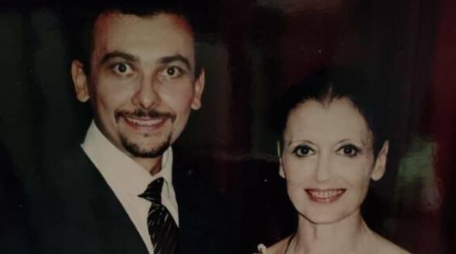 """Stefano Angelini, danzatore del Teatro San Carlo, sulla scomparsa di Carla Fracci: """"Determinata, attenta scrupolosa ma anche affettuosa"""""""