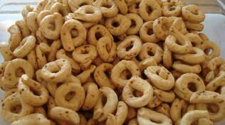 Taralli al finocchio: prepariamo la ricetta tipica pugliese a casa