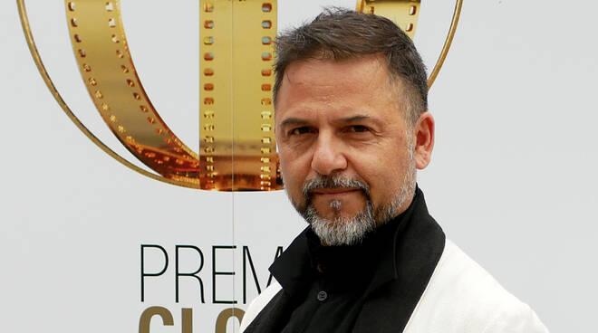 """A Jesus Garces Lambert, regista di """"Io, Leonardo"""" e """"Caravaggio"""", l'8 giugno a Maiori il Premio Rossellini. Proseguono i salotti letterari con """"Cartoonlibro"""""""