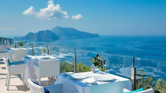 Al Relais blu la massima efficienza e cordialitàdel servizio di sala