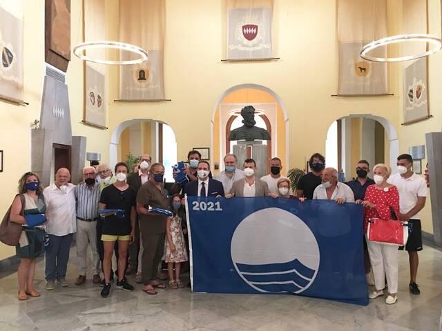 Ambiente, Sorrento. Consegna della Bandiera blu agli stabilimenti balneari