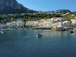 Capri, barriere galleggianti per la sicurezza dei bagnanti