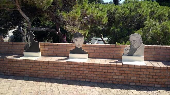 Capri: sagome nei giardini. Il premio GreenCare ai tre autori dell'idea