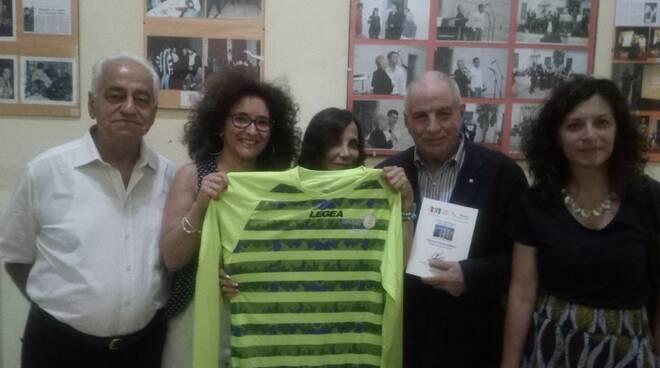 """Il Rotary Club Pozzuoli all'I.P.M. di Airola per """"Storie Distanziate"""""""