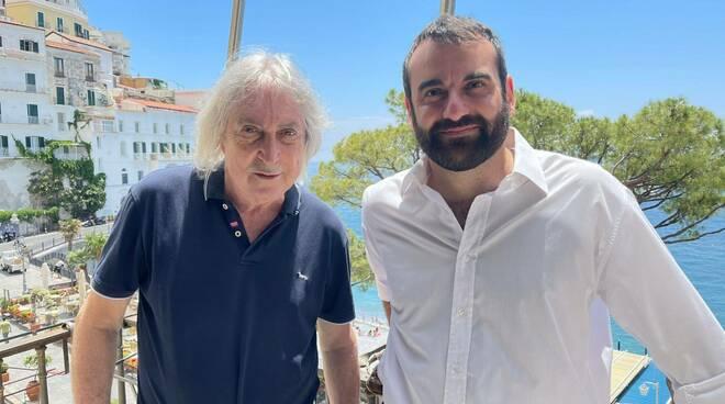 Enrico Vanzina ad Amalfi: il regista innamorato della città della Costiera