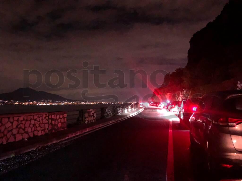 File auto caos sulla Statale Sorrentina 145 per film