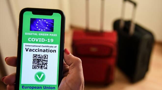 Firmato il regolamento del Green Pass europeo, in vigore dal 1 luglio: ecco come ottenerlo