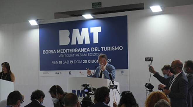 Il ministro Garavaglia ha inaugurato a Napoli BMT 2021: il turismo è ripartito, il governo è al fianco degli operatori