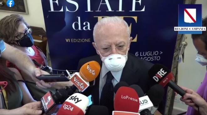 """La campagna vaccinale della Campania prosegue senza AstraZeneca e Johnson. De Luca: """"Chiediamo chiarimenti"""""""