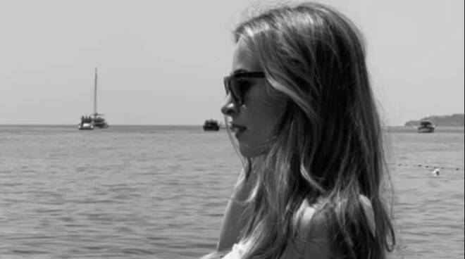 La campionessa olimpica di ginnastica artistica Carlotta Ferlito sceglie Positano per le sue vacanze