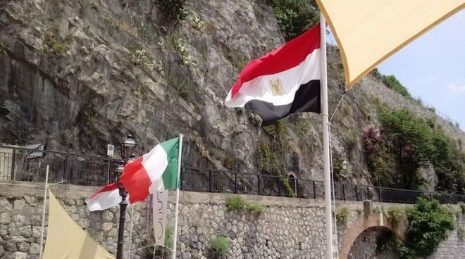"""Minori, l'architetto Christian De Iuliis: """"Rimuovete quella bandiera egiziana"""""""