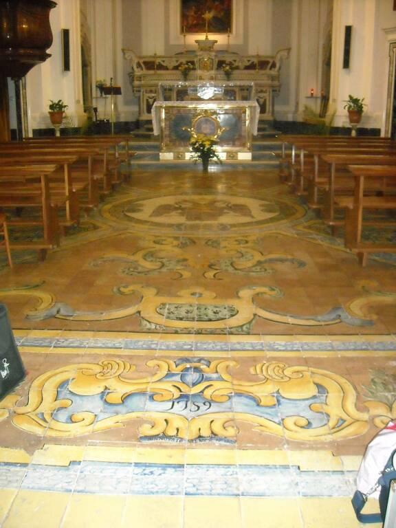 """Piano di Sorrento, il prof. Ciro Ferrigno ci porta alla cappella del Monastero con """"Le lodi"""""""