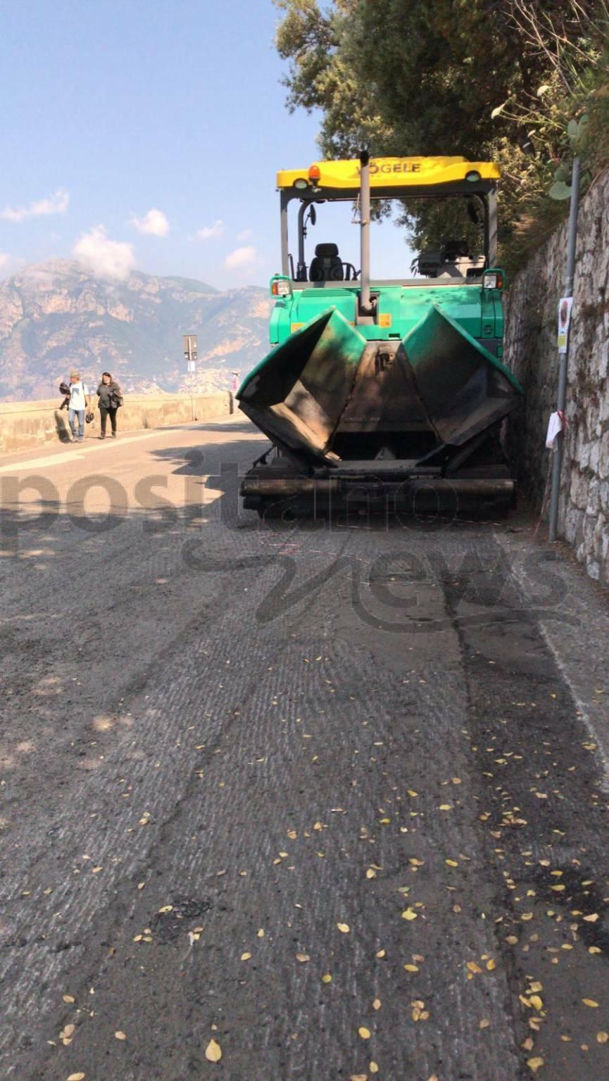 Praiano asfalto sulla strada