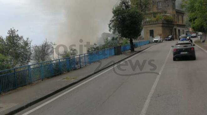 Salerno: incendio sul viadotto Gatto