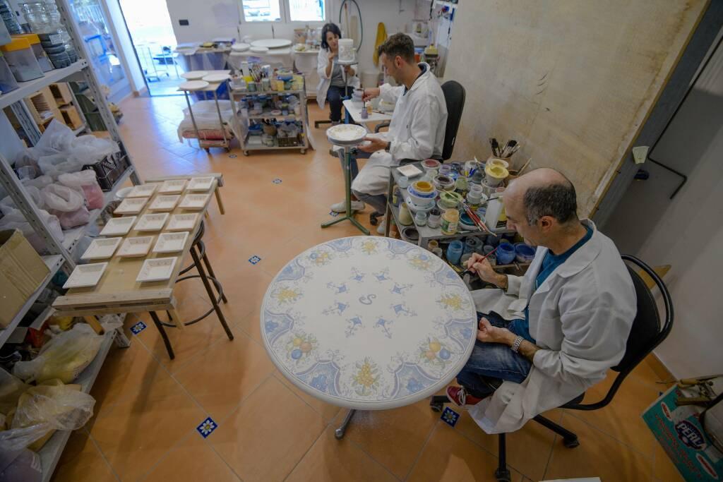 Scala, dal 1 luglio riapre Ceramiche Casola!