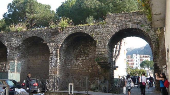Sorrento, riaperto al pubblico l'antico camminamento sulle antiche mura -  Positanonews