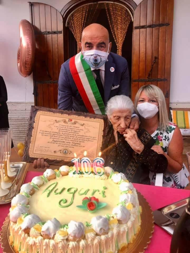 Agerola, nonna Virginia compie 106 anni: gli auguri alla donna più anziana dei Monti Lattari