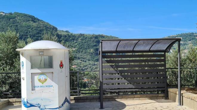 Ambiente. Sorrento, casette dell'acqua a Casarlano e al porto