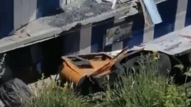 autobus precipitato capri