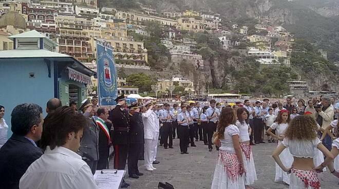 Bandiera Blu a Positano con la Banda di San Vito