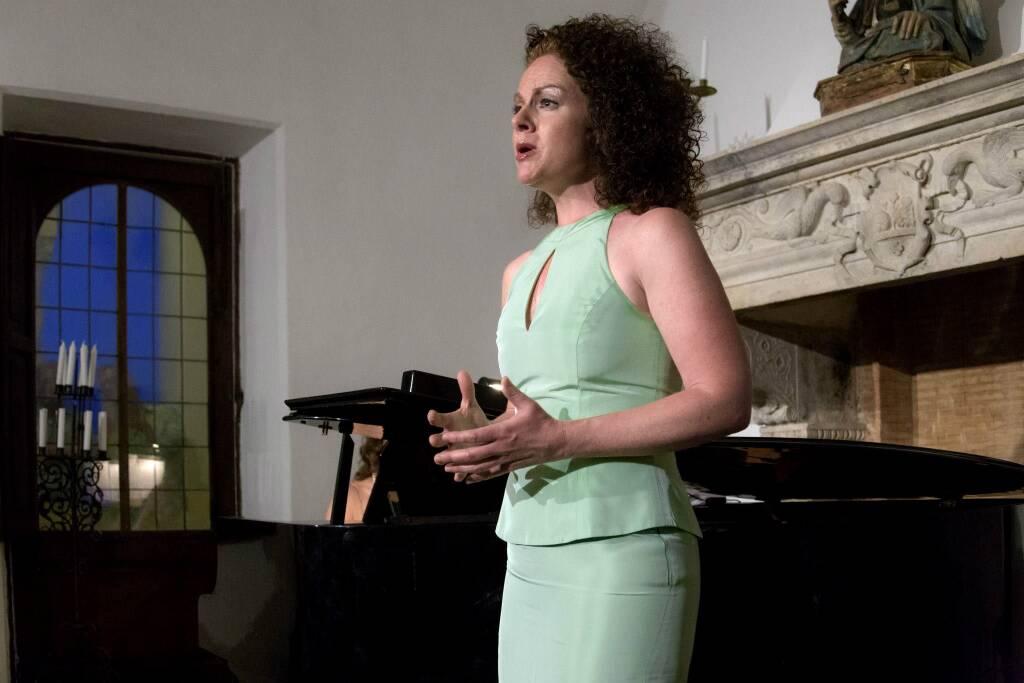 """Capri, """"Un'estate per sognare"""" a Villa San Michele arie d'opera dal repertorio di Verdi e Puccini"""