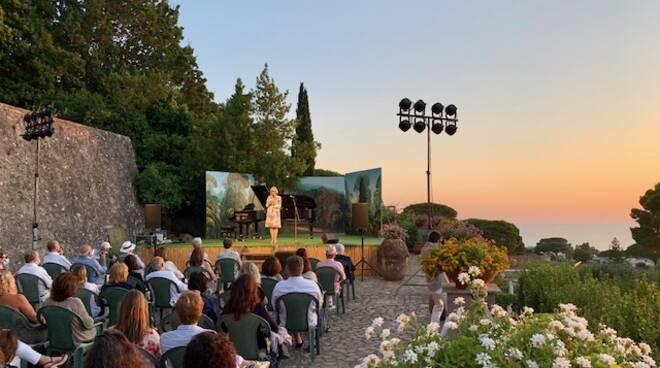 Capri, un'estate per sognare a Villa San Michele  venerdì 16 luglio ore 20
