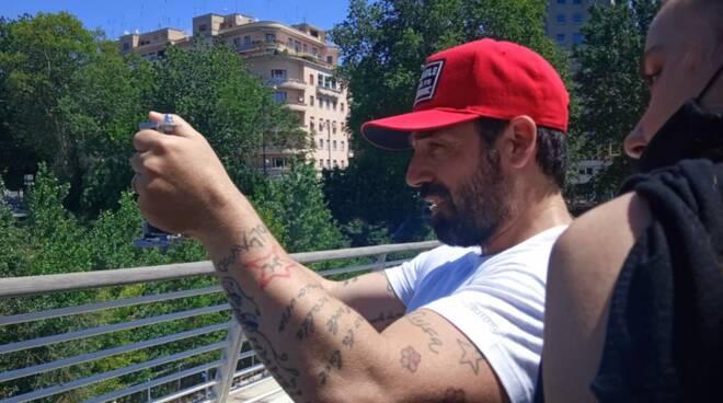 Oltre 60 nazioni da tutto il mondo: Mirko Alivernini viene premiato come Eccellenza italiana