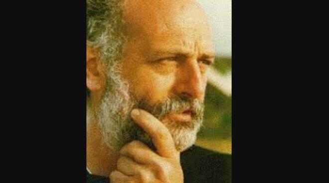 Cava de' Tirreni in lutto per l'addio ad Alfonso Vitale