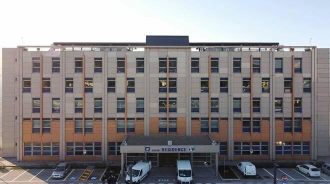 Covid-19, aumentano i contagi e riapre il Covid Residence dell'Ospedale del Mare a Napoli