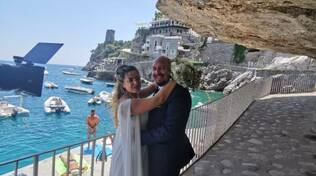 Dalla Praia, auguri agli sposi Emiliano e Ilaria, il live di Positanonews
