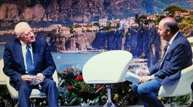 De Luca intervistato da Vespa a Sorrento sul Covid