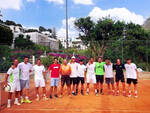 Domenica 11 luglio la sfida fra Tennis Club Capri e Capri Sporting Club: in palio il titolo regionale D1. Chi sarà la regina della racchetta dell'isola?