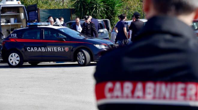 """Donna uccisa a coltellate in un parcheggio di Somma Vesuviana, il sindaco """"no alla violenza"""""""