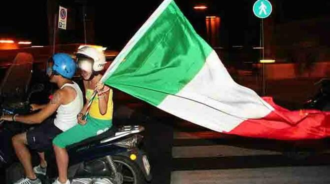Italia in finale. Festeggiamenti in costiera amalfitana e penisola sorrentina