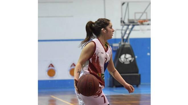 La 23enne pugliese Alessia De Mitri per un altro anno al Salerno Basket