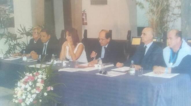 Meta, Cafiero de Raho cittadino onorario, intervento di Rosario Fiorentino