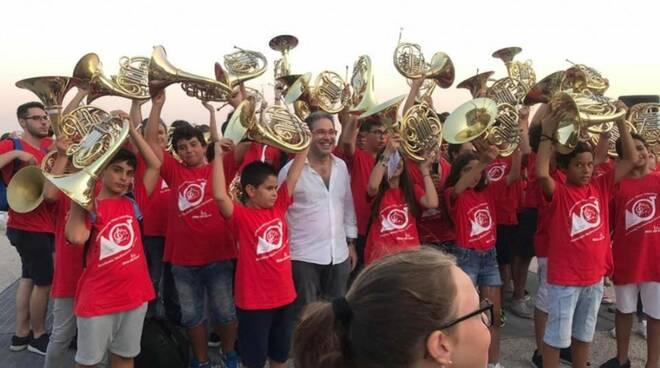 Minori, l'amministrazione comunale dà il benvenuto a tutti i partecipanti della V Edizione del Festival Mediterraneo Horn Meeting
