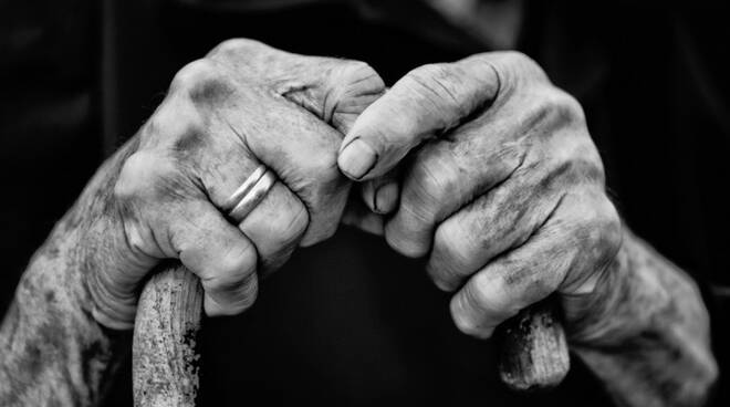 Oggi prima Giornata mondiale dei nonni e degli anziani voluta da Papa Francesco. Le parole del Pontefice