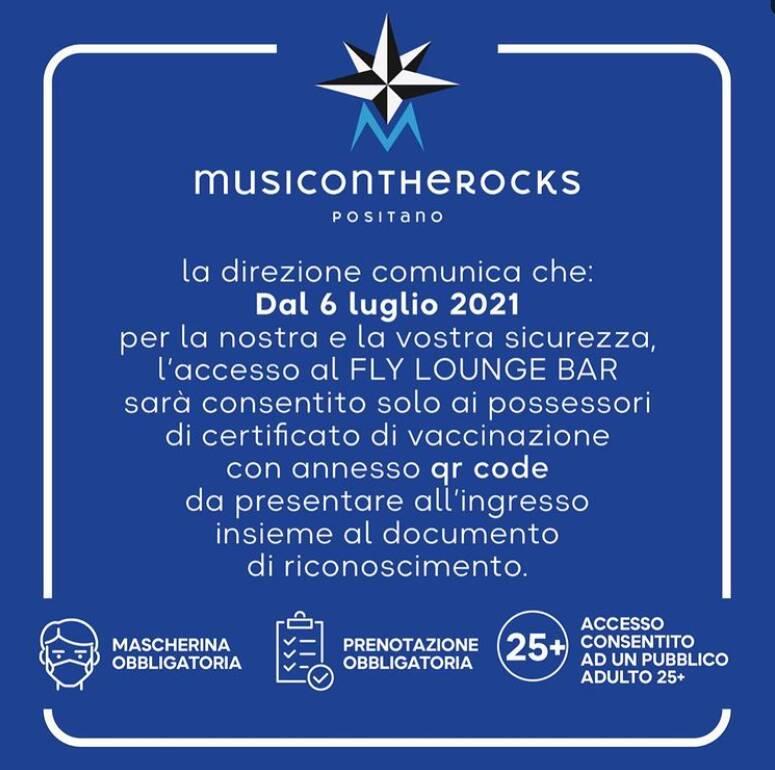 Positano, al Music on the Rocks l'accesso al Fly Lounge Bar consentito solo a chi possiede il certificato di vaccinazione