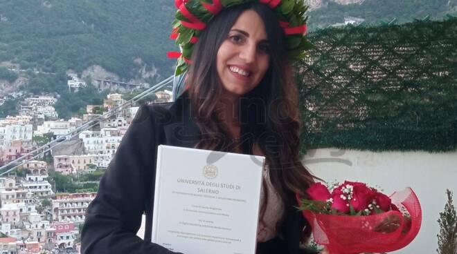 Positano, auguri a Maria Milano per la Laurea Magistrale in Corporate Communication and Media