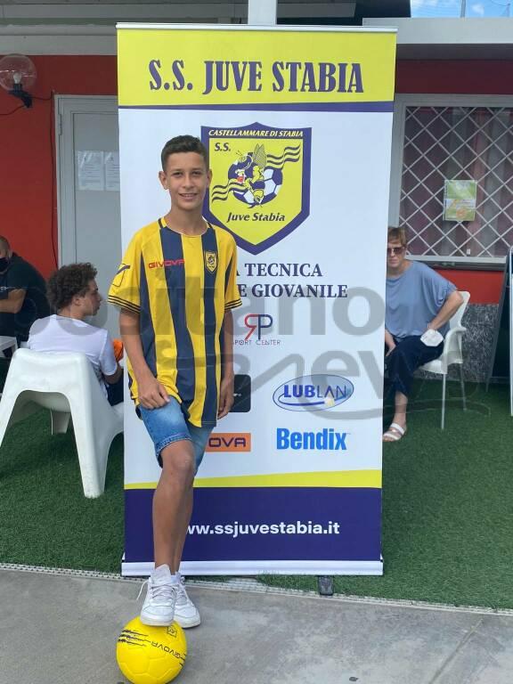 Positano, Michele Longobardi firma per la Juve Stabia Under 15 Nazionale
