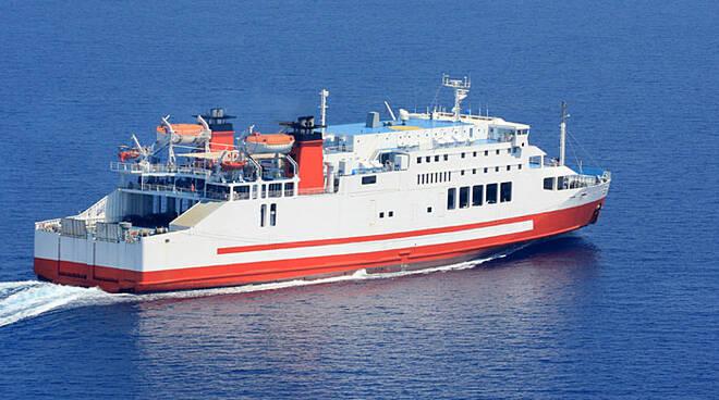 Rischiano di saltare le vacanze in traghetto, il problema? Mancanza di medici a bordo